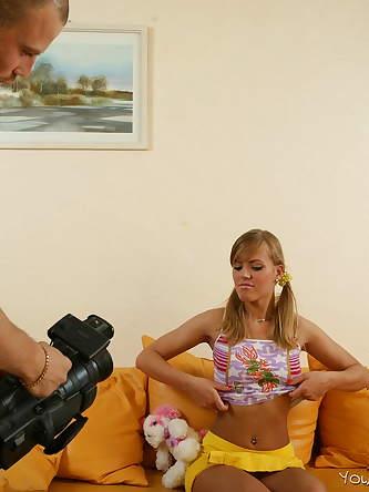 Young Models Casting Erotic Pics