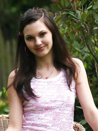Set of Pics Sweet Natural Girl
